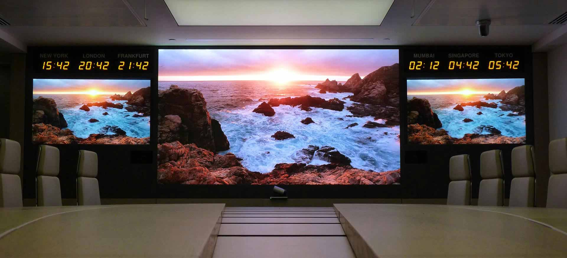 The use of P2 full-color LED display in indoor meeting rooms.