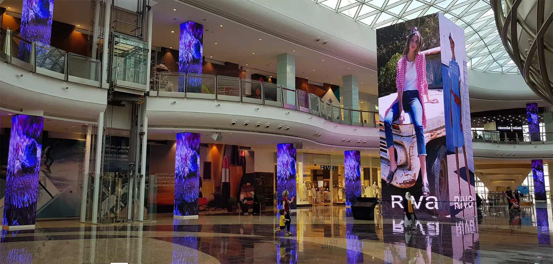 The P2 full-color LED display is used as a cylindrical billboard in shopping malls.